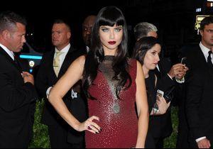 Adriana Lima, égérie de Decadence, le prochain parfum Marc Jacobs