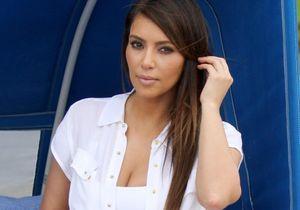 Kim Kardashian dévoile le produit anti-vergetures dont elle ne peut se passer