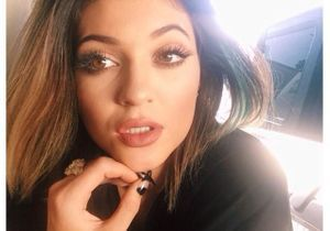 On aime le relooking punky-chic de Kylie Jenner
