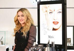 Vous ne devinerez jamais comment Madonna prend soin de ses fesses