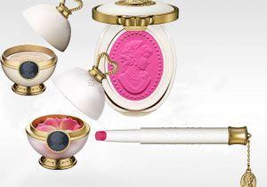Ladurée sort sa première collection de maquillage