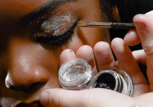 Fashion Week : comment les paillettes illumineront l'été 2015