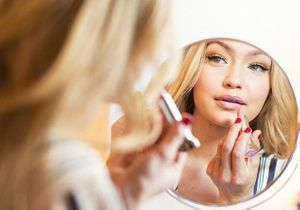 Quel rouge à lèvres porte-t-on dans les grandes villes du monde ?
