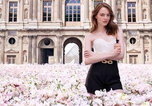Exclu : Emma Stone nous surprend dans la nouvelle campagne parfum Louis Vuitton