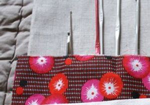 Couture : comment faire une pochette à crochets ?