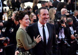 Cannes 2021 : Jean Dujardin et Nathalie Péchalat, couple amoureux pour la cérémonie de clôture