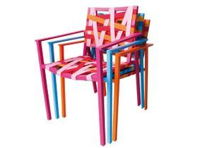L'actu du jour : les meubles de jardin colorés d'Agatha Ruiz de la Prada