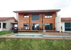 Entre terrasse et piscine, plus besoin de choisir !
