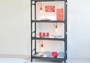 DIY : une étagère graphique et lumineuse