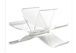 Tendance : les meubles transparents