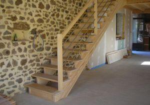 Installer un escalier droit