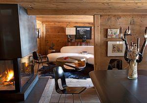 A Gstaad une vieille ferme muée en chalet au design vintage