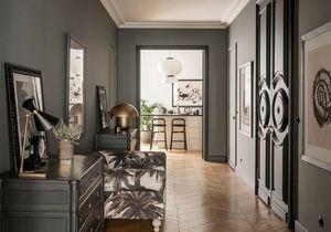 Comment intégrer un mur noir dans sa décoration ?