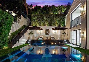 Strass et paillettes : la villa fastueuse de Rihanna à Beverly Hills