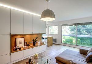 La transformation de deux studios en un grand appartement