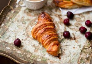 10 petits-déjeuners qui sont plus caloriques que les croissants