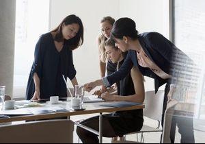 Les femmes plus productives que les hommes au travail ? L'étude qui l'affirme
