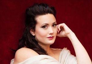 Privée d'un rôle à cause de sa grossesse, cette soprano est dédommagée