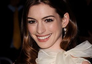 Anne Hathaway et James Franco animeront les Oscars