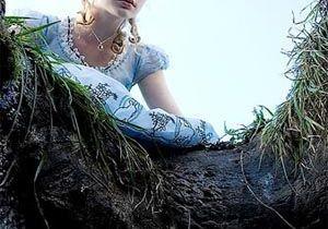 Découvrez les 1ères images d'Alice au pays des merveilles !