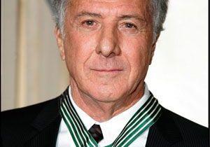 Dustin Hoffman récompensé à Paris