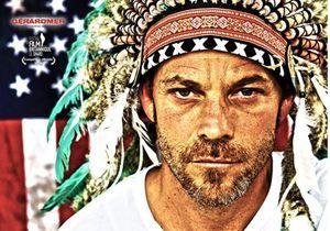 « American Hero » : portrait gracieux d'un super-héros anxieux