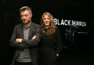 Netflix : les créateurs de « Black Mirror » s'attaquent au coronavirus dans « Mort à 2020 »