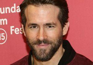 Ryan Reynolds, le visage tuméfié sur la première image de Deadpool