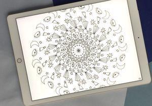 Téléchargez un joli fond d'écran abstrait