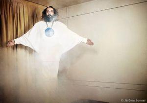 Sébastien Tellier s'attaque à Dieu et nous convertit !