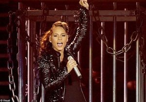 Alicia Keys : bientôt maman, la diva est à Bercy ce soir