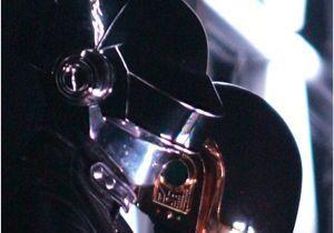 Découvrez le vrai visage d'un Daft Punk en vidéo !