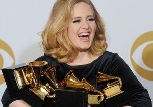 Grammy Awards : la chanteuse Adele fait un triomphe