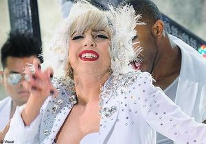 Lady Gaga interrompt son concert à cause d'une bagarre