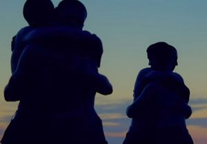 Le clip de la semaine : « Embrace » de Agoria ft. Phoebe Killdeer