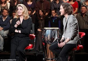 Vidéo : quand Catherine Deneuve chante avec Julien Doré…