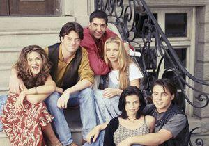 Réunion de Friends : la première photo émouvante des acteurs dans le canapé de Monica