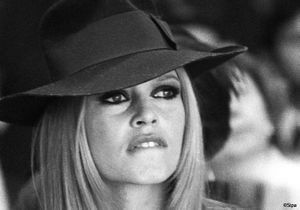 Brigitte Bardot s'expose à Los Angeles