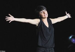 Florence Foresti reporte plusieurs dates de sa tournée