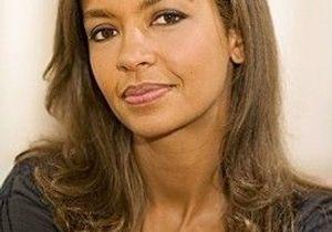 Karine Le Marchand en guest dans Scènes de Ménages