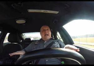 L'incroyable succès d'un policier américain qui chante du Taylor Swift