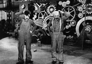 Notre film culte du dimanche : « Les Temps modernes » de Charlie Chaplin
