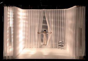 Trois raisons d'aller voir la pièce « Music-Hall » à la Comédie-Française