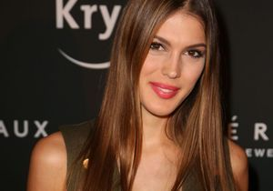 Exclu : Iris Mittenaere rejoint le « Fashion Freak Show » de Jean Paul Gaultier !