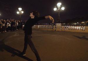 Marie-Claude Pietragalla et Julien Derouault dansent dans les rues de Paris et c'est époustouflant de beauté