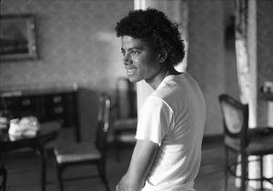 Des Jackson Five au roi de la pop : the best of Michael Jackson