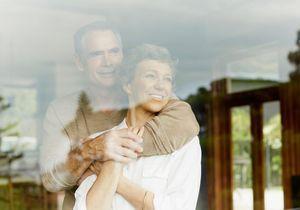 « A 50 ans, je suis tombée enceinte de mon amant »