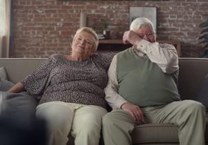 Ce couple parle d'amour sans utiliser le mot « amour »