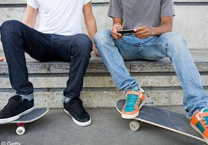 Les ados qui ont un Smartphone plus actifs sexuellement ?