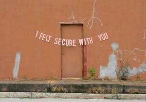 #PrêtàLiker : quand l'amour est mort, il s'affiche sur les murs